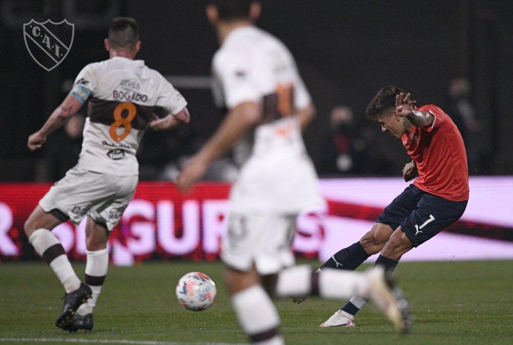 Roa empató para el Rojo en Vicente López.