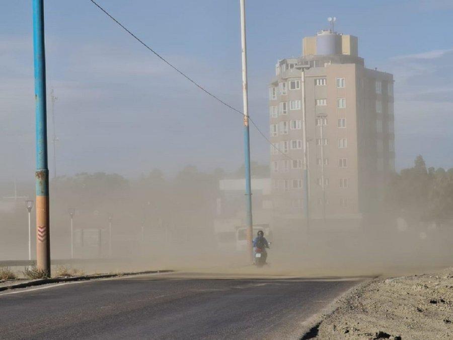 Alerta amarilla por viento con ráfagas de hasta 100 km/h en Comodoro