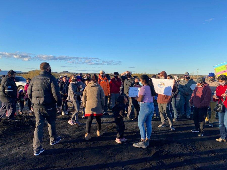 Vecinos del loteo El Faro levantaron el corte de ruta
