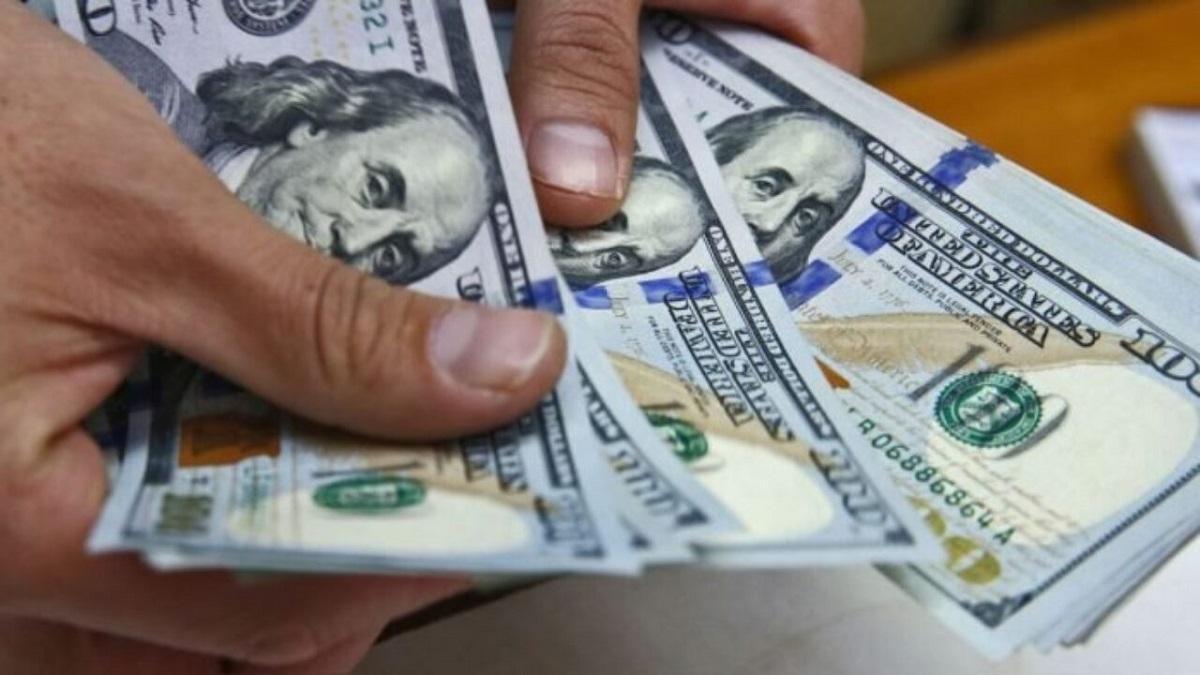 El precio del dólar oficial podría ascender a los $155