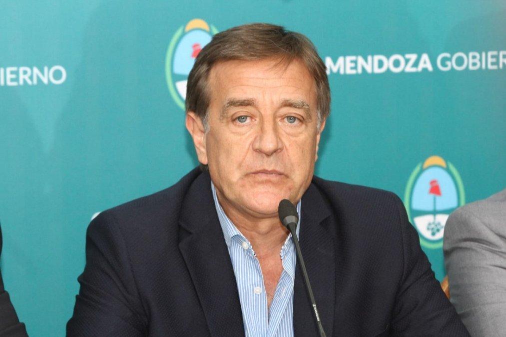Rodolfo Suárez gobernador de Mendoza.