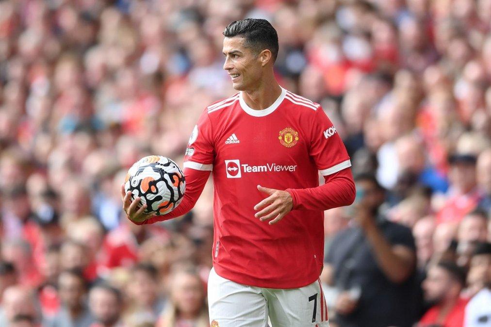 Cristiano Ronaldo debutó en el United con dos goles.