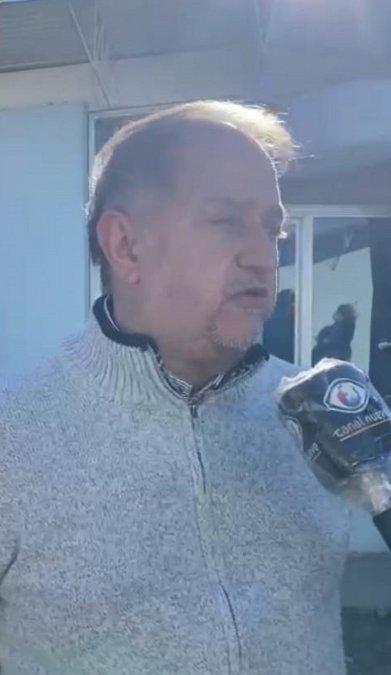 Carlos Linares.
