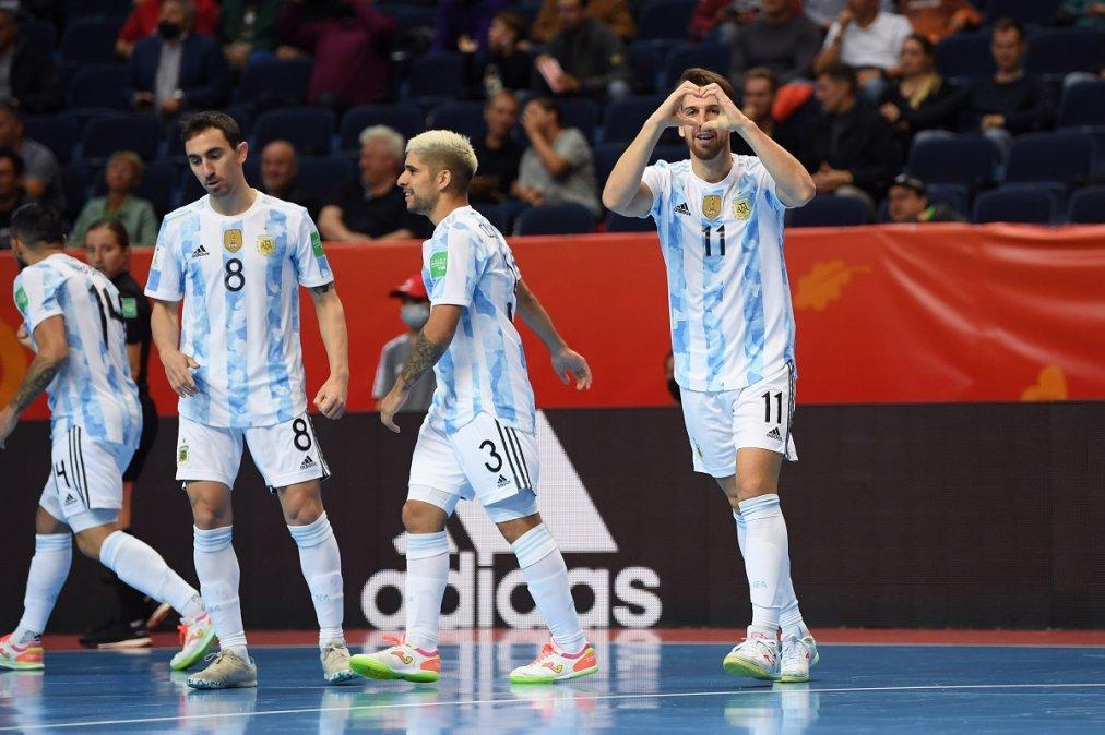 La Selección Argentina aplastó a Estados Unidos en el debut en el Mundial de Futsal
