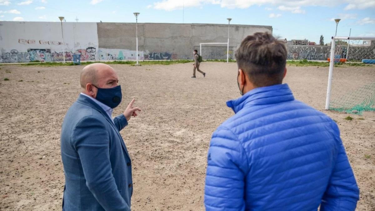 Gustavo Sastre visitó el predio en el que se construirá el Centro de Desarrollo en Deportes de Arena.