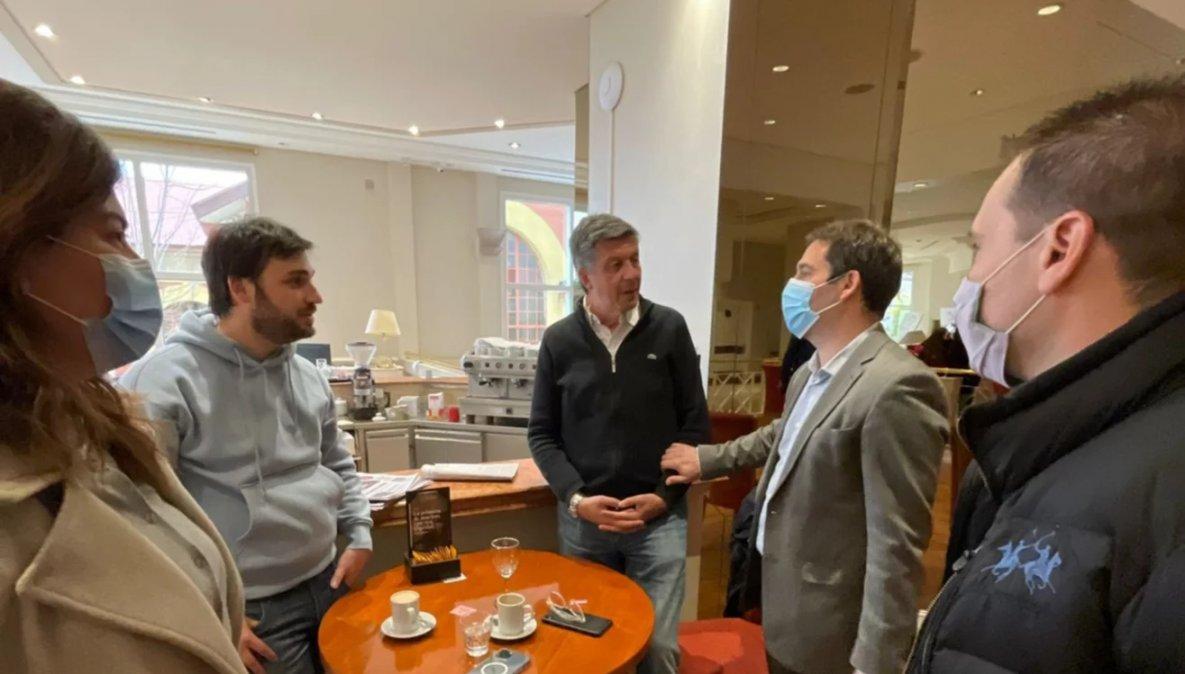 En el Lucania se produjo el encuentro entre Gustavo Menna