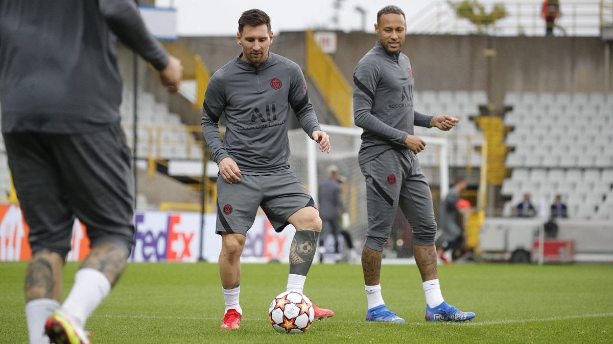 Messi y Neymar podrían jugar juntos en el PSG por primera vez.