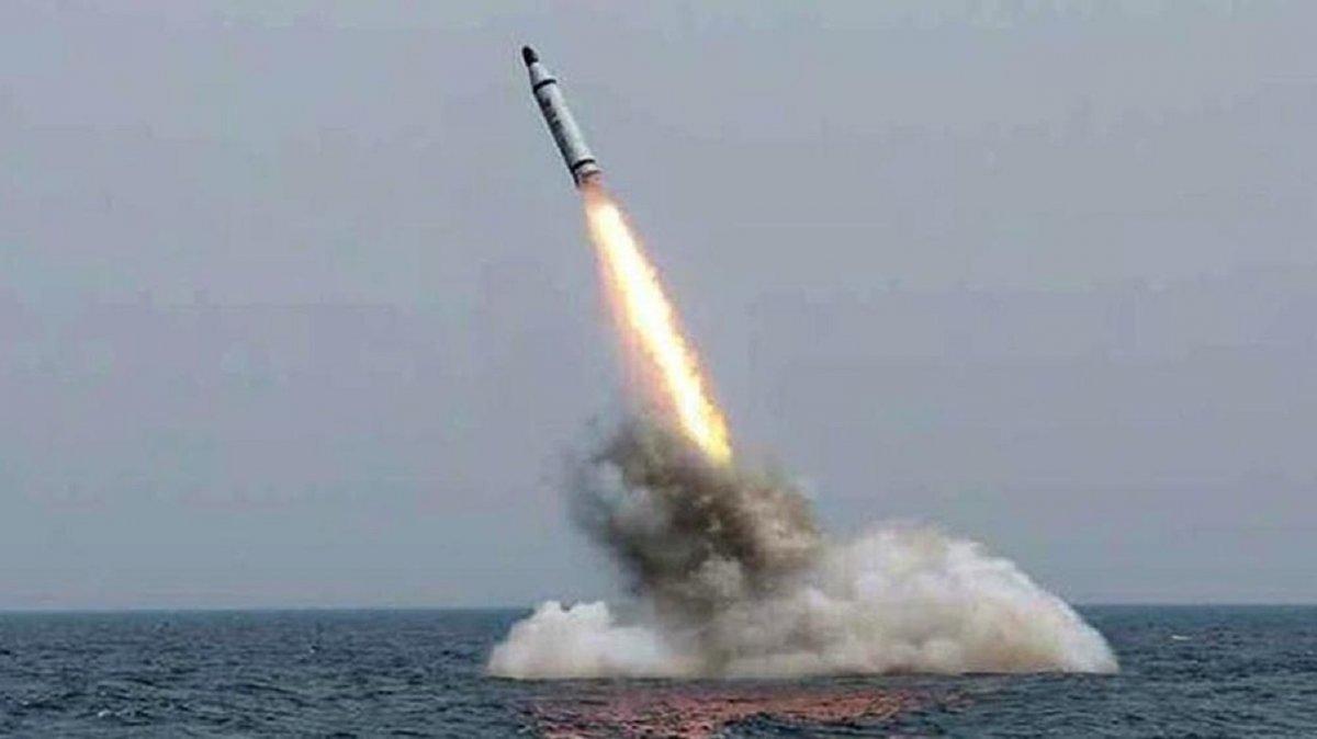 Corea del Sur disparó un misil desde un submarino.