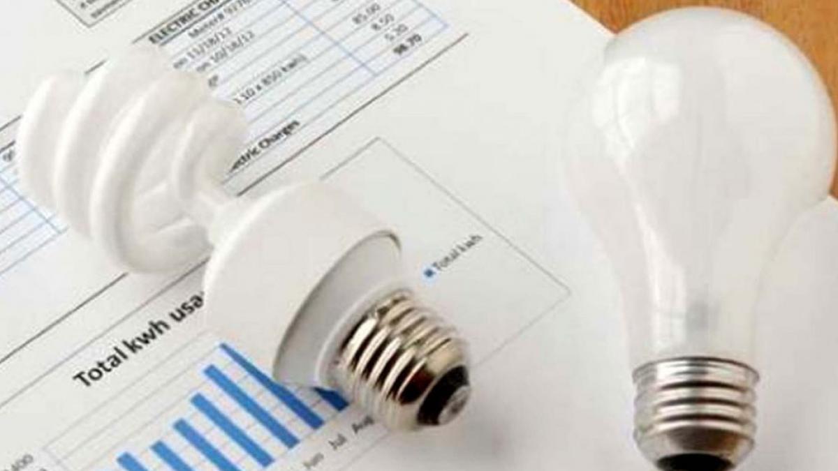 El presupuesto 2022 prevé un aumento de 30% en tarifas eléctricas.