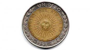 Ofrecen hasta 15 mil pesos por una moneda de un peso con un error