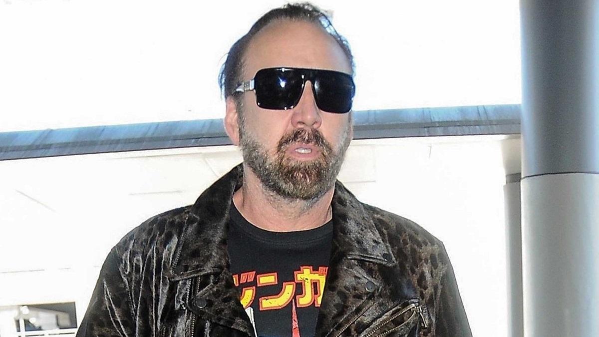 Echaron a Nicolas Cage de un restaurant tras confundirlo con un homeless.