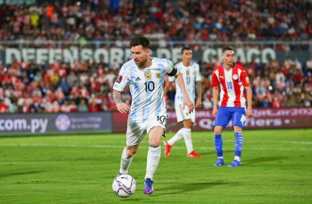 Argentina empató en Asunción con Paraguay y estiró el invicto.