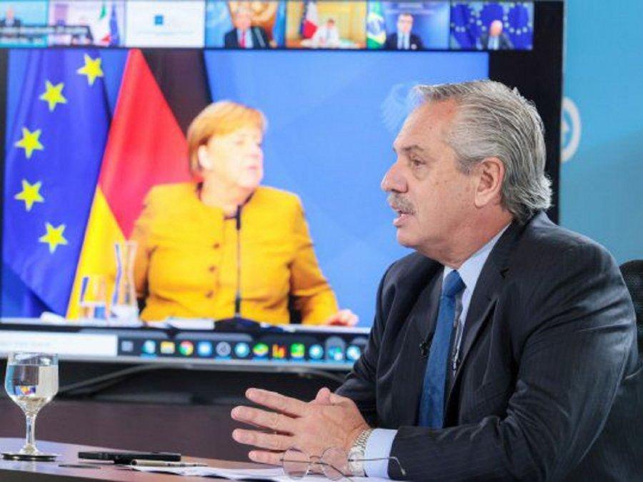 Fernández: Los actos terroristas son una amenaza a la dignidad humana