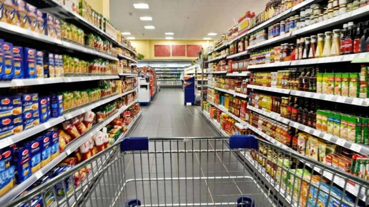 Las empresas deberán entregar hoy la lista de productos que no aumentarán.