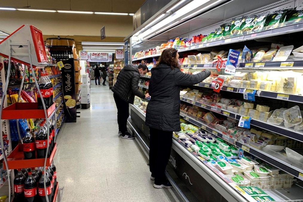 Empresarios sorprendidos por el nuevo congelamiento de precios.