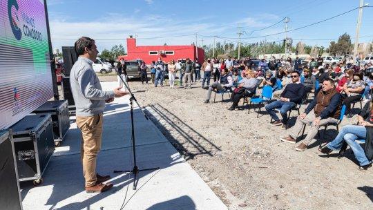 Luque presentó el proyecto que impulsará una feria, almacén de granel y espacio recreativo en Kilómetro 17